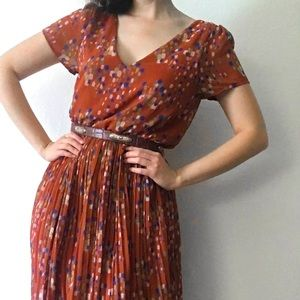 Adorable 50s style patterned dress!